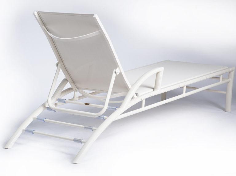 3DXSL-Regatta Stacking Chaise Lounge W/Arms-502